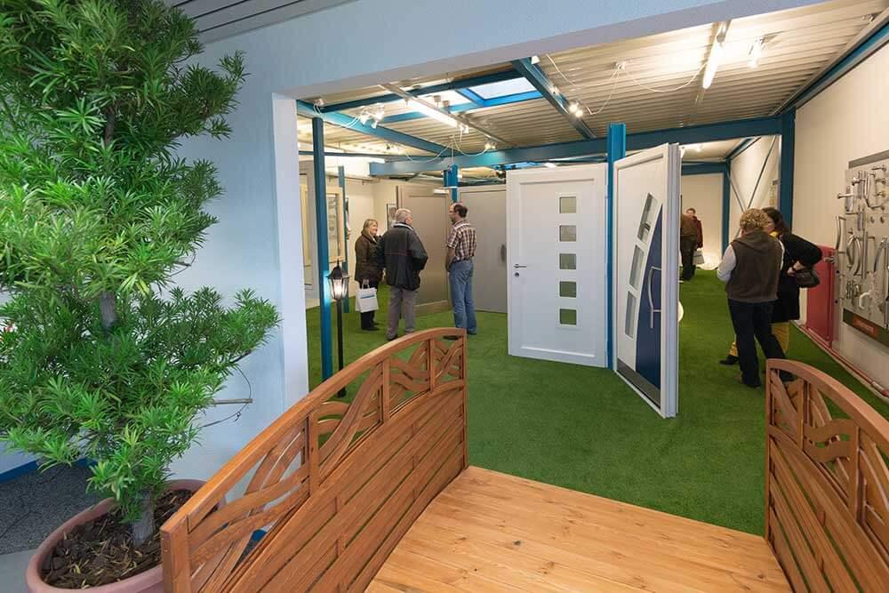 Eingang Ausstellung Türenpark